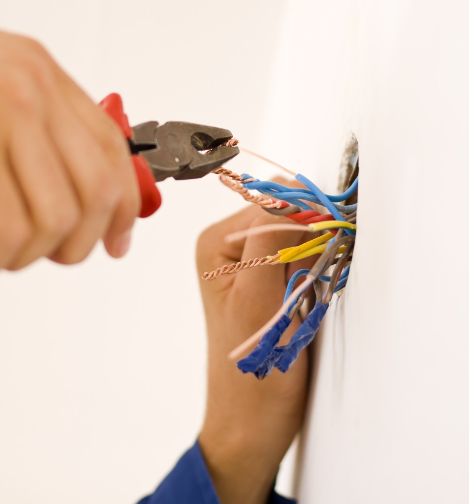 outlet repair electrician somers ct